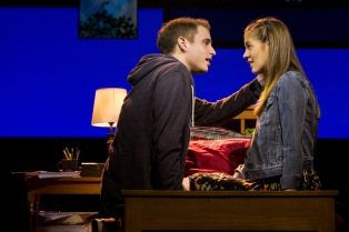 deh-ben-platt-laura-dreyfuss-4972-photo-credit-matthew-murphy-dear-evan-hansen-broadway-production-photos-05-hr.jpg